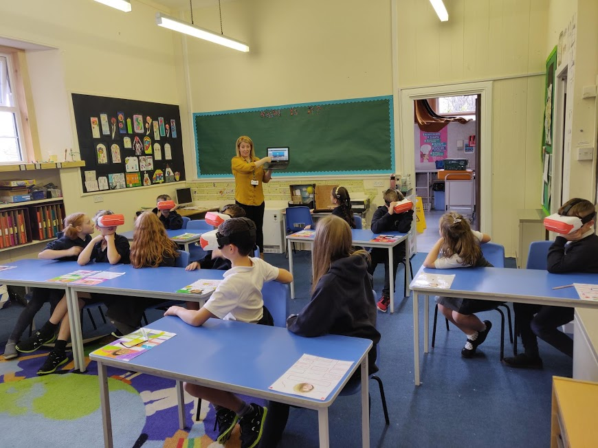 Pupils use VR at Daviot Primary