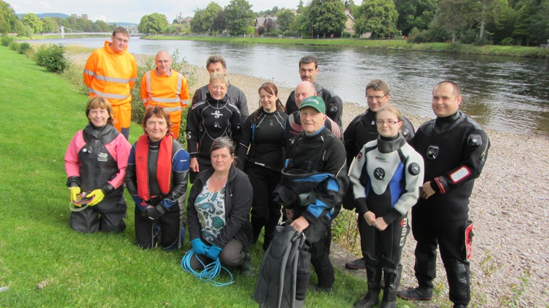Inverness divers clean River Ness