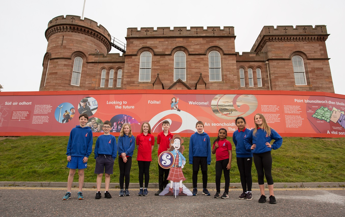Primary 6 pupils from Crown Primary School meeting 'Young Flora' during their visit to Inverness Castle and learning about the Highlands of the past, as well as giving a look into the future for Castle Hill, from the information now surrounding the castle.