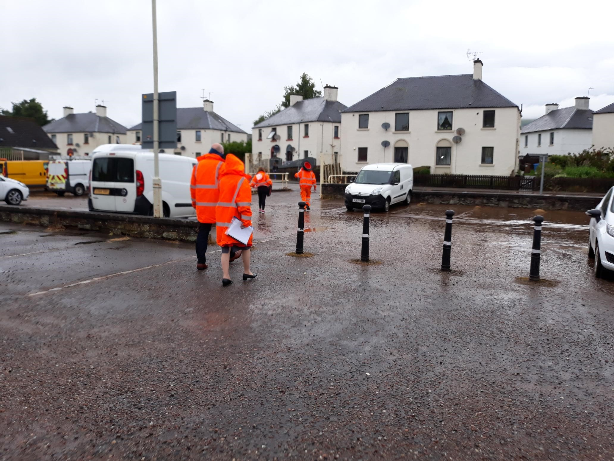 •	Photo by Cllr Angela MacLean who was with Chief Executive Donna Manson and Cllr Alister Mackinnon and Council staff at Dingwall floods